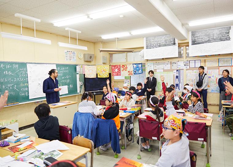 横浜市立大岡小学校のバンダナ製作に吉水がデザイン講師として参加しました!